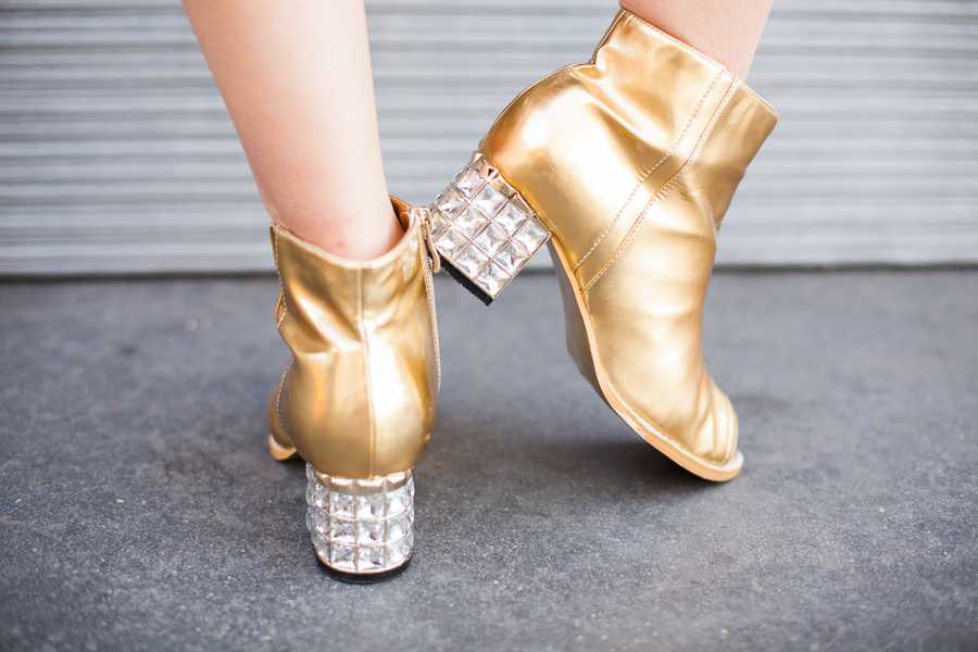 gold shoes-100