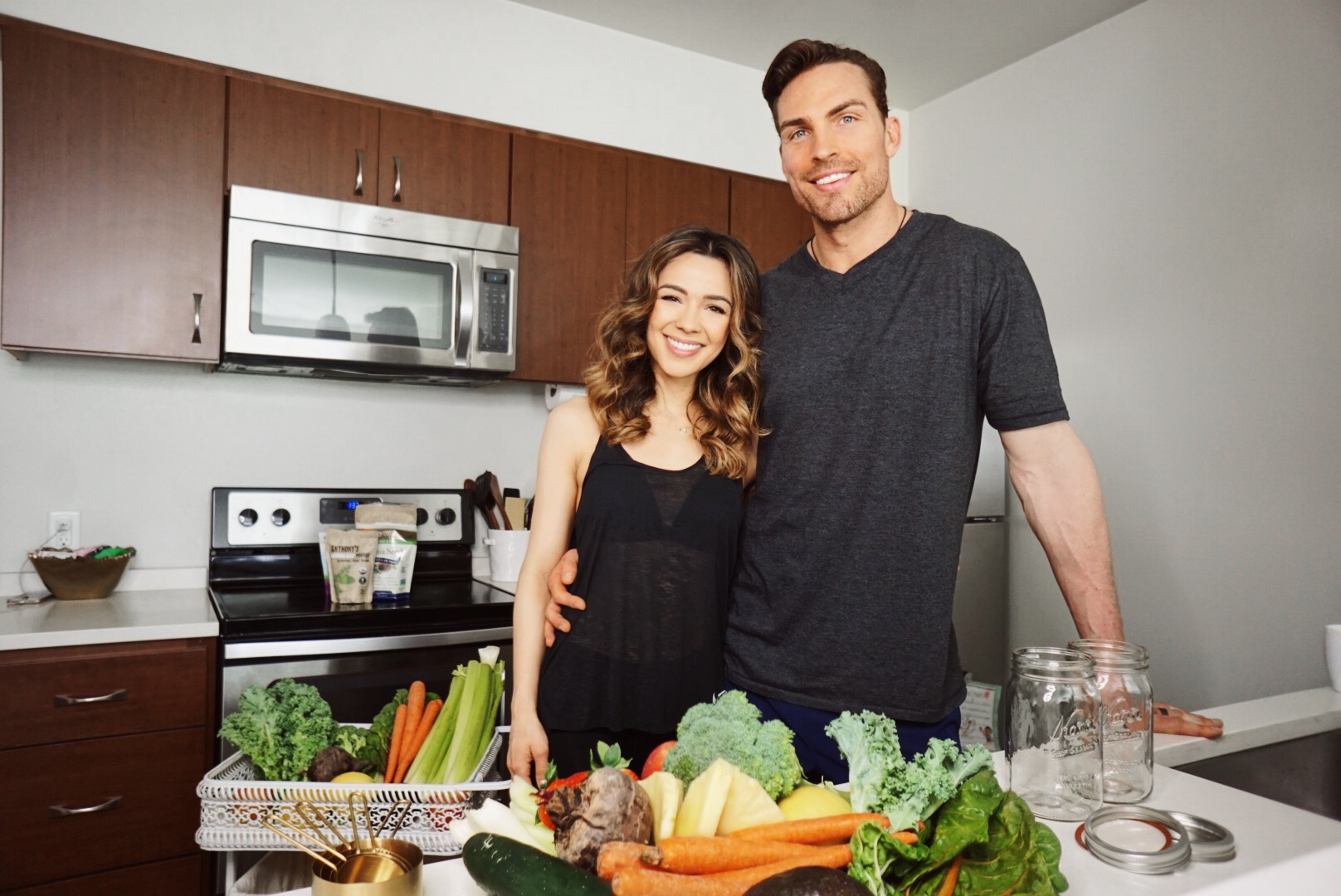 His & Hers Raw-Food Smoothies